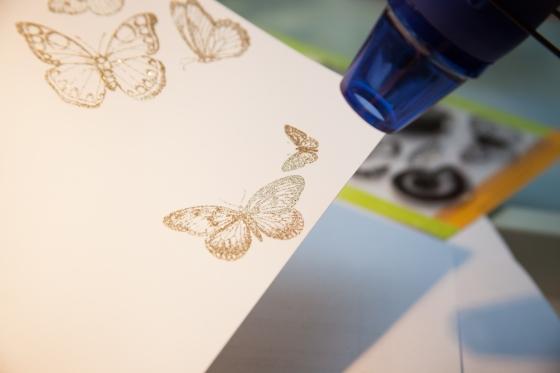 Embossa i guld. Serine Designs blog
